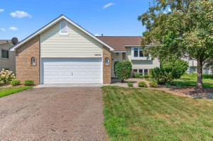 14639 Guthrie Avenue Apple Valley, Mn 55124