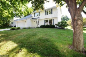 13704 James Avenue S Burnsville, Mn 55337