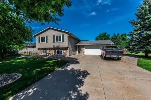 13724 James Avenue S Burnsville, Mn 55337