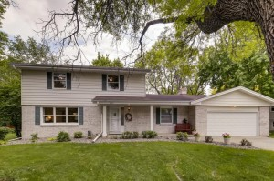 2901 Southbrook Drive Bloomington, Mn 55431