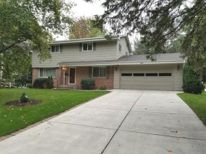 3520 Edward Street Ne Saint Anthony, Mn 55418