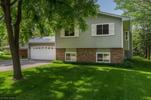 7415 W River Road Court N Brooklyn Park, Mn 55444