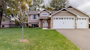 12019 Round Lake Boulevard Nw Coon Rapids, Mn 55433