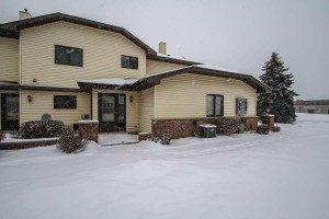9905 54th Place N Unit 8 Plymouth, Mn 55442