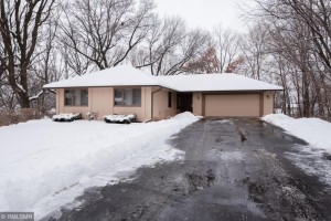 13535 Holiday Court Apple Valley, Mn 55124