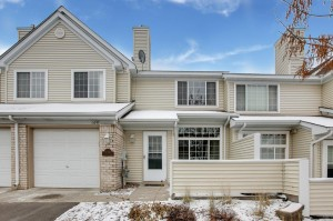 15309 Greenhaven Lane Unit 109 Burnsville, Mn 55306