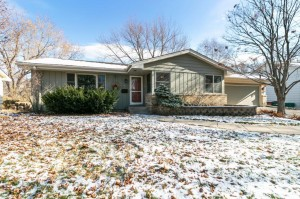 8301 Oxborough Avenue S Bloomington, Mn 55437