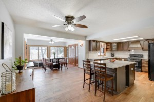 1052 Oak Terrace Drive North Mankato, Mn 56003