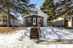 2715 Russell Avenue N Minneapolis, Mn 55411