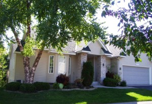 3421 Fordham Court Ne Saint Anthony, Mn 55421