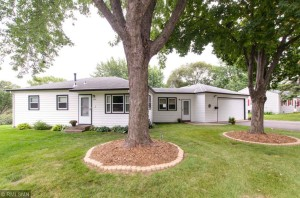 5932 Quebec Avenue N Crystal, Mn 55428