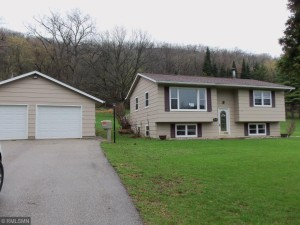 1033 Country Drive Winona, Mn 55987