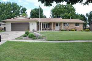 1240 Maplewood Drive Worthington, Mn 56187