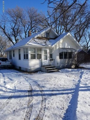 929 Lakeview Avenue Windom, Mn 56101