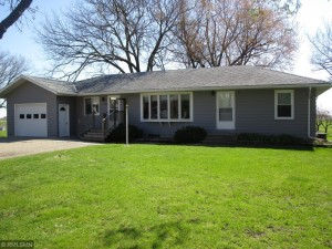 895 4th Street E Cottonwood, Mn 56229