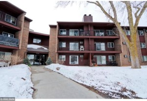 3440 Golfview Drive Unit 115 Eagan, Mn 55123