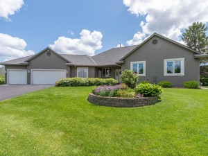 75 Fairway Ridge Drive Minnetrista, Mn 55364