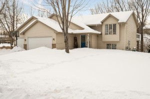 3720 Fox Trail Saint Bonifacius, Mn 55375