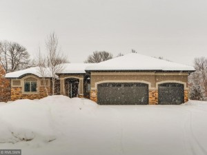 2 Creekside Lane North Oaks, Mn 55126