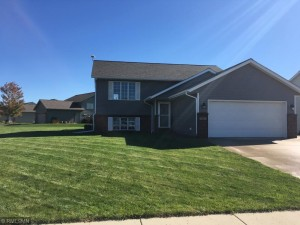 201 Grovebrook Circle Mankato, Mn 56001