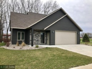 337 Cardinal Way Redwood Falls, Mn 56283