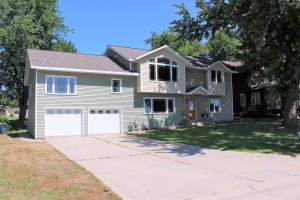 512 W Lake Avenue Worthington, Mn 56187