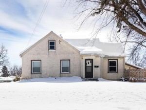 5621 34th Avenue N Crystal, Mn 55422