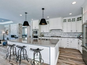 3803 Lakeside Court Eagan, Mn 55123