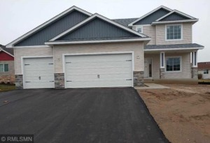 16327 E Lake Netta  Drive Ne Ham Lake, Mn 55304
