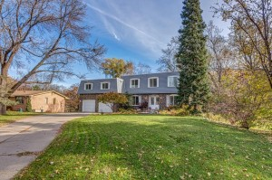 15919 Woodgate Road N Minnetonka, Mn 55345