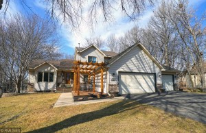 5566 River Wood Drive Savage, Mn 55378