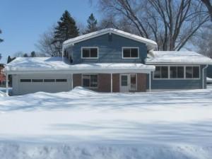 2167 Regent Drive White Bear Lake, Mn 55110