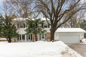 105 E 135th Street Burnsville, Mn 55337