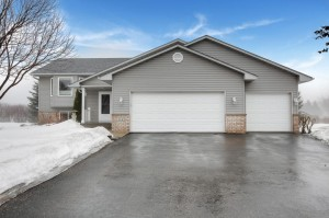 114 Longspur Court Hastings, Mn 55033