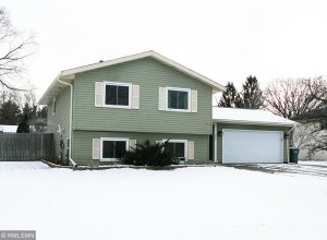 240 107th Lane Nw Coon Rapids, Mn 55448