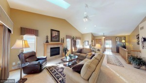 1419 Summit Shores Drive Burnsville, Mn 55306
