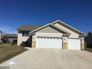 125 Timberwolf Court Mankato, Mn 56001