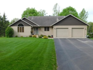 W12557 695th Avenue Prescott, Wi 54021
