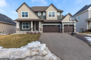 3808 White Rose Avenue Burnsville, Mn 55337
