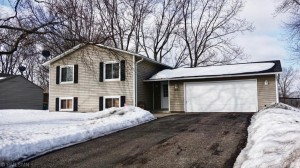 7425 Drew Avenue N Brooklyn Park, Mn 55443