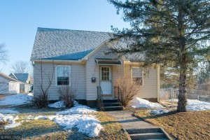 313 W Jefferson Avenue Saint Peter, Mn 56082