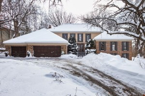 5859 Long Brake Trail Edina, Mn 55439