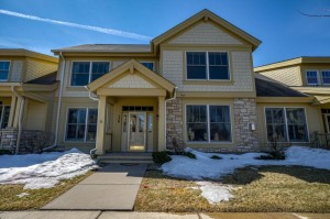 136 Liberty Parkway Stillwater, Mn 55082