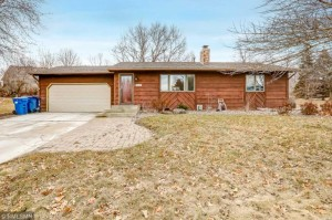 1421 Independence Avenue Chaska, Mn 55318