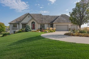 6415 Landings Court Chanhassen, Mn 55331