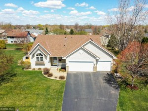 17629 Fair Isle Path Lakeville, Mn 55024