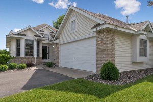 16150 Crystal Hills Drive Lakeville, Mn 55044