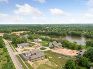 2412 Pond Circle Stillwater, Mn 55082