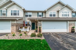 20427 Kensfield Trail Lakeville, Mn 55044