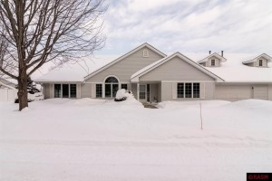 1502 Graystone North Mankato, Mn 56003